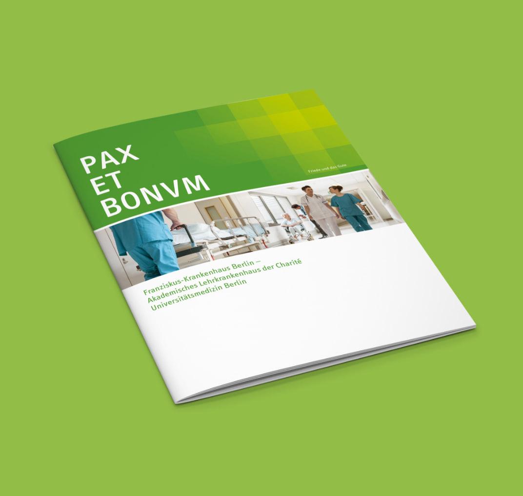 Cover einer Broschüre im neuen Design des Franziskus-Krankenhauses, gestaltet von der Healthcare Werbeagentur mcs