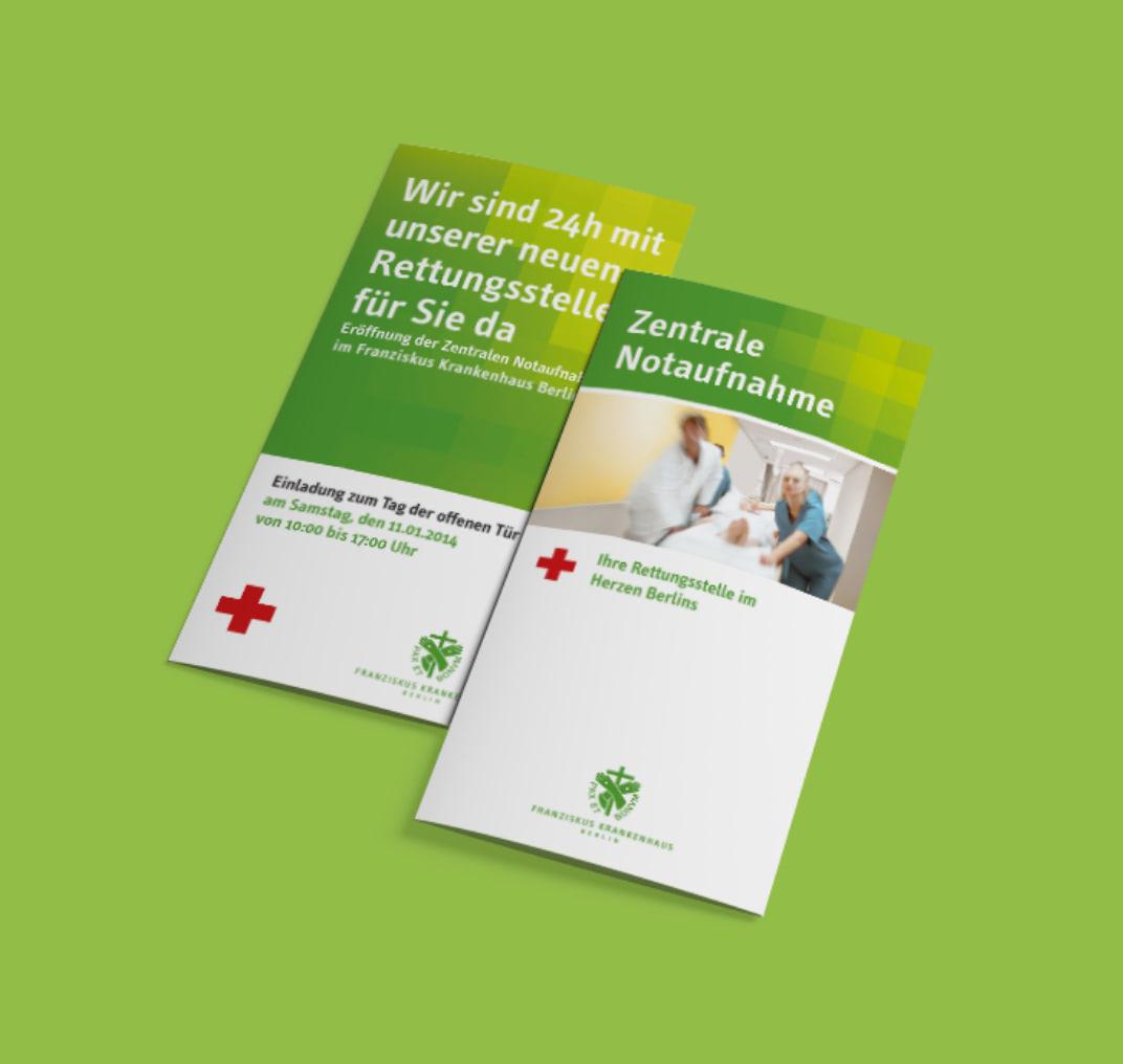 Cover von zwei Foldern im neuen Design des Franziskus-Krankenhauses, gestaltet von der Healthcare Werbeagentur mcs