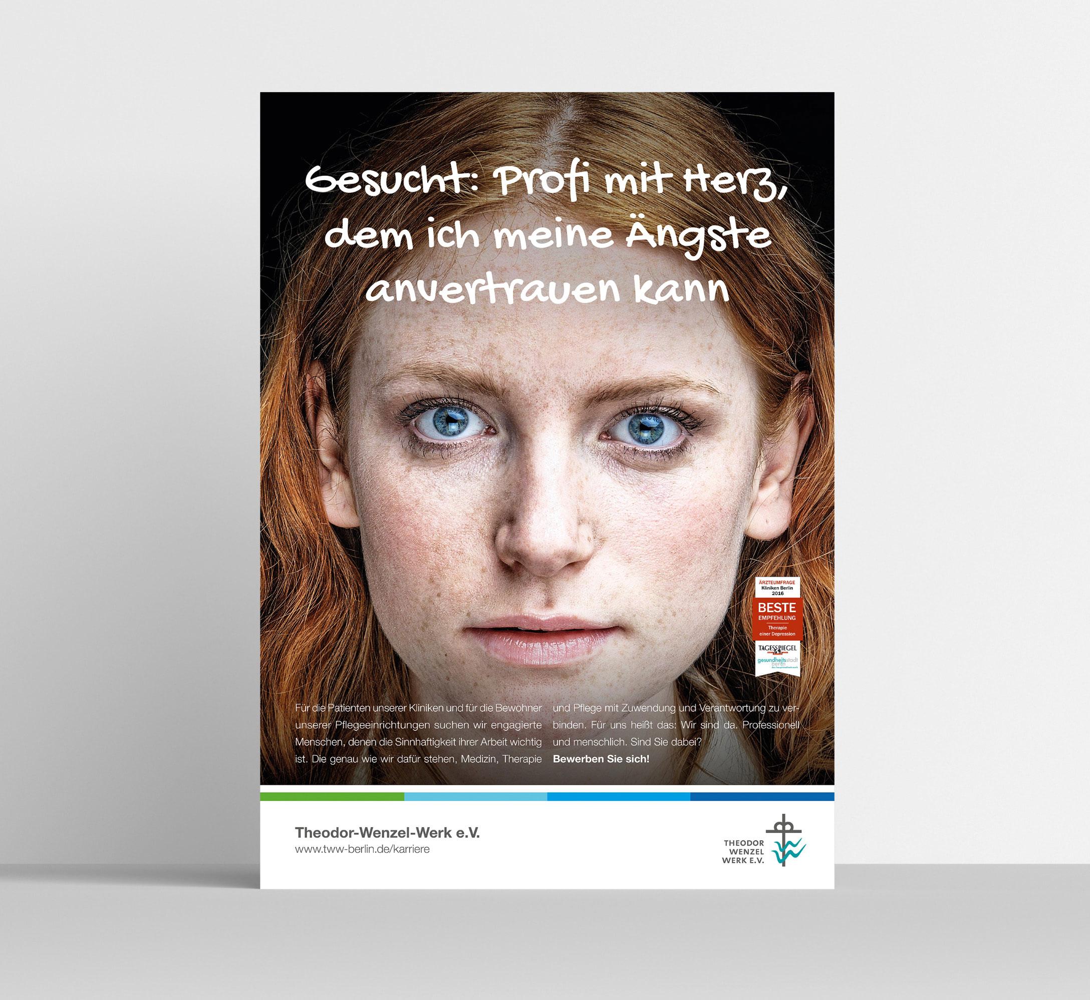 Das zweite Kampagnenmotiv für Personalmarketing von der Healthcare Werbeagentur mcs zeigt das Gesicht einer jungen Frau, die geradewegs in die Kamera guckt