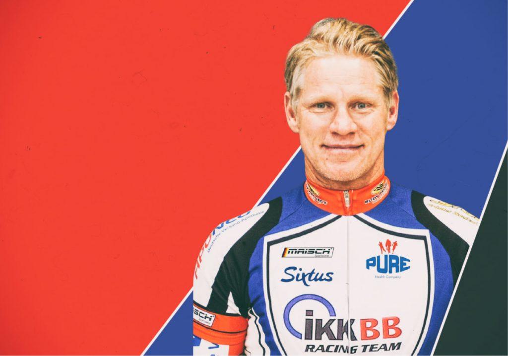 Kampagnenmotiv der Healthcare Werbeagentur mcs mit einem Portrait eines Sportlers in seinem Trikot